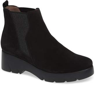 Wonders Pull-On Chelsea Boot