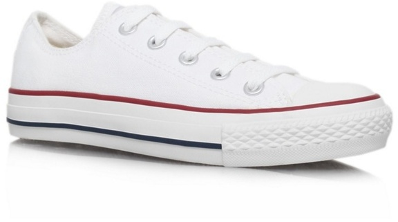 Converse White 'Chuck Taylor Ox' flat lace up sneaker