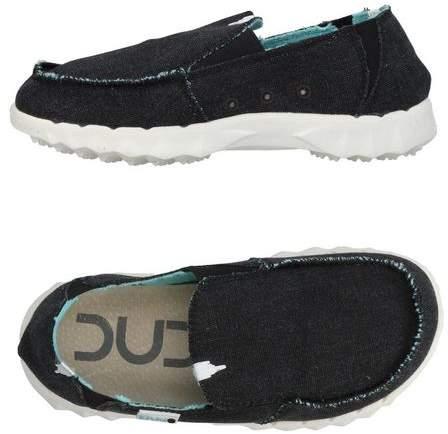 HEY DUDE Low-tops & sneakers