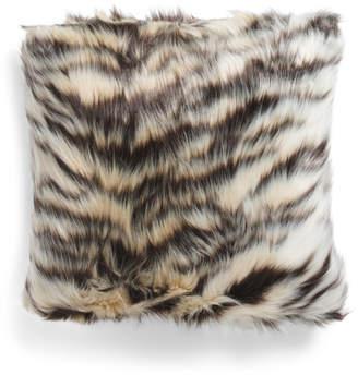 20x20 Animal Pattern Faux Fur Pillow