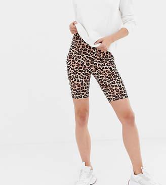 Asos Tall DESIGN Tall legging short in leopard print