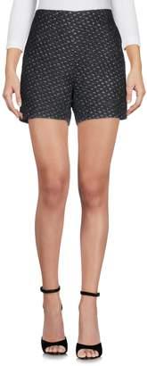 Hache Shorts