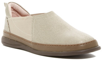 Taryn Rose Farce Slip-On Shoe $200 thestylecure.com