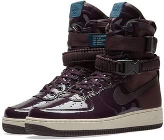 Nike SF Air Force 1 SE Premium W