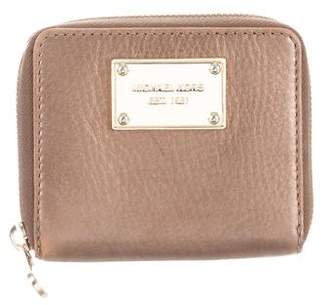 Michael Kors Michael Textured Leather Continental Wallet
