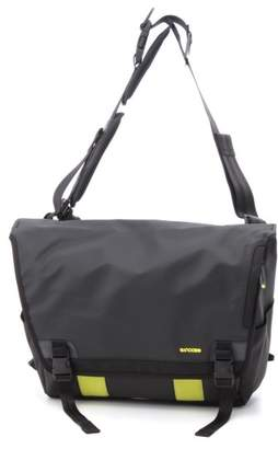 Incase (インケース) - インケース CL55539 RANGE MESSENGER LARGE