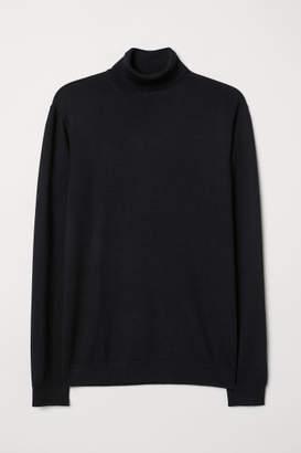 H&M Merino Wool Turtleneck Sweater - Black