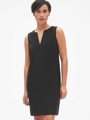 032afb4807472 Gap Sleeveless Split-Neck Shift Dress