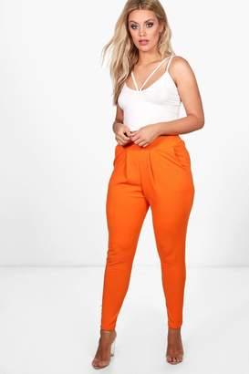 boohoo Plus Diane Pleat Front Trouser