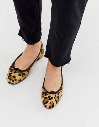 Asos Design DESIGN Lenor leather bow ballet flats in leopard