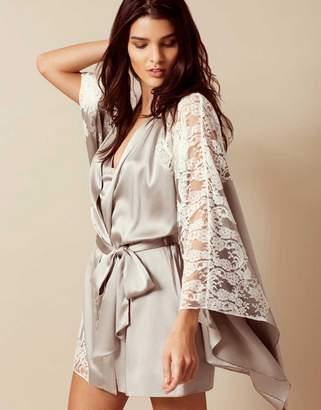 Agent Provocateur Nayeli Kimono Ivory And Silver