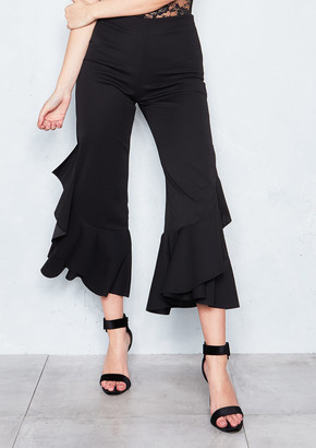 5656595bdb8 Missy Empire Missyempire Missandei Black Ruffled Cropped Trousers