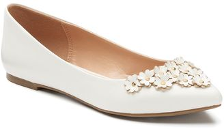 LC Lauren Conrad Women's Floral Pointed-Toe Flats $49.99 thestylecure.com