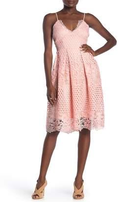 Love...Ady Circle Chemical Lace Pleat Dress
