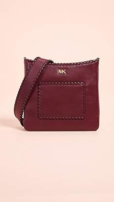 MICHAEL Michael Kors Gloria Pocket Swing Pack