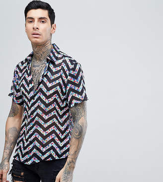 Reclaimed Vintage Inspired Shirt With Short Sleeves In Black With Floral Zig Zag Reg Fit