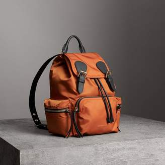 Burberry The Medium Rucksack in Technical Nylon and Leather, Orange