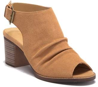 Chinese Laundry Toni Split Suede Block Heel Sandal