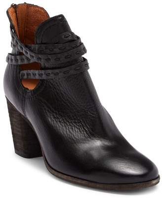 Frye Naomi Pick-Stitch Shootie