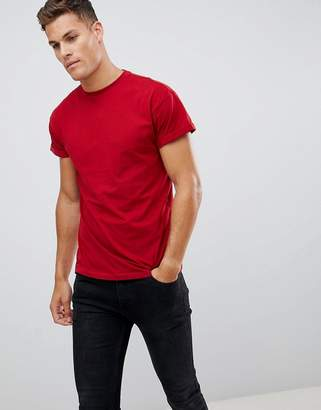 New Look t-shirt with roll sleeve in red