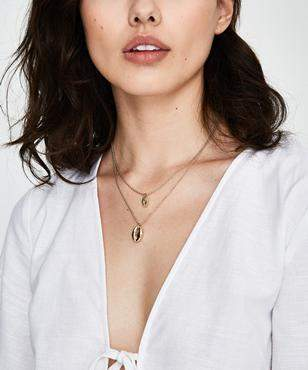 Alice In The Eve Double Layer Shell Necklace Gold