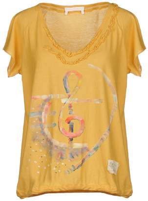 Ego E-GÓ T-shirts