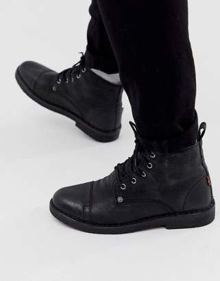 Levi's Levis Track lace up boots in black