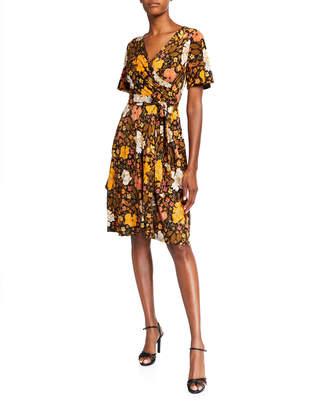 Donna Morgan Flutter-Sleeve Matte Jersey Dress