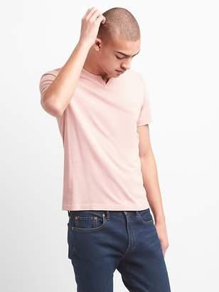 Essential Short Sleeve Notch T-Shirt