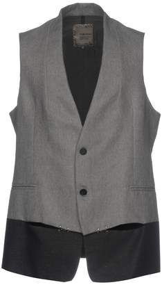 Tom Rebl Vests