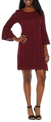 Ronni Nicole 3/4 Sleeve Lace Medallion Shift Dress