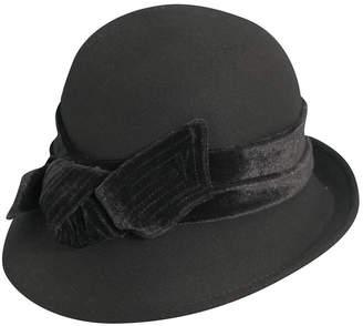Dorfman Pacific Scala Wool Felt Cloche with Velvet Bow