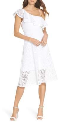 Lilly Pulitzer R) Callisto Lace Dress