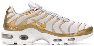 Nike Plus Metallic sneakers