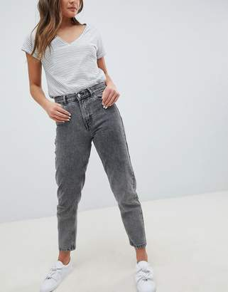 Pull&Bear Mom Jeans In Washed Gray