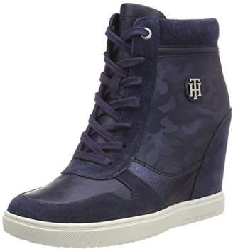 0a6b4d86da0cbe Tommy Hilfiger Women s Camo Metallic Dress Sneaker Low-Top