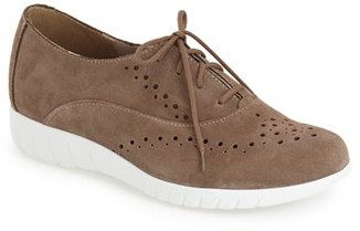 Women's Munro 'Wellesley' Oxford Sneaker $199.95 thestylecure.com