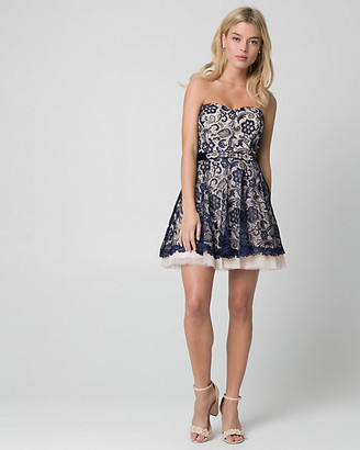 Le Château Lace Sweetheart Party Dress