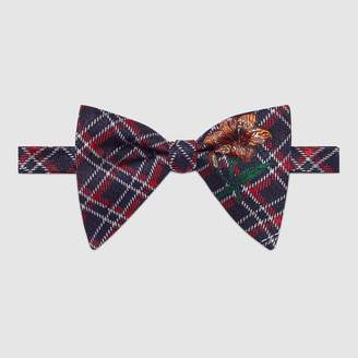 Gucci Embroidered plaid bow tie