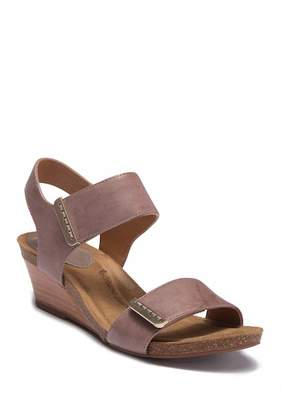 Sofft Verdi Leather Wedge Sandal