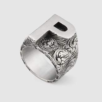 """Gucci P"""" letter ring in silver"""