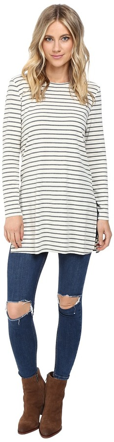 Culture Phit Geralyn Long Sleeve Top with Side Slits