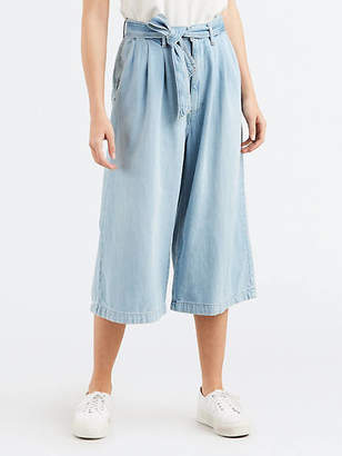 Levi's Pleated Belted Crop Jeans