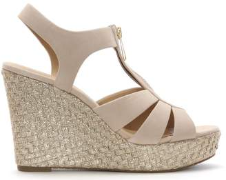 Michael Kors Womens > Shoes > Sandals