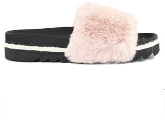 Roam Pink Fur Slides