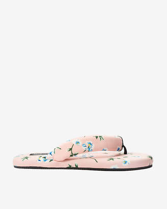 Express Jane And The Shoe Floral Jaime