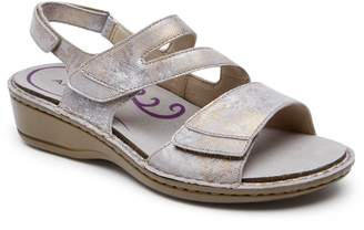 Aravon Cambridge Slingback Sandal