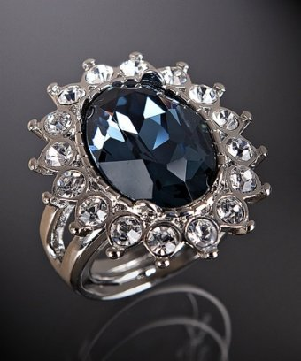 Kenneth Jay Lane sapphire and clear rhinestone oval ring