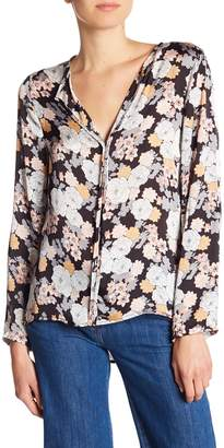 Bobeau B Collection by Cristy Pleated Back Print Blouse