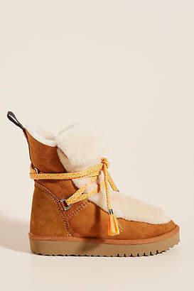 Maypol Mika Mountain Boots